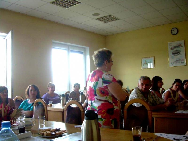 Realizacja sesji interwencyjno - szkoleniowej dla właścicieli i personelu punktów sprzedaży napojów alkoholowych w Pruszczu